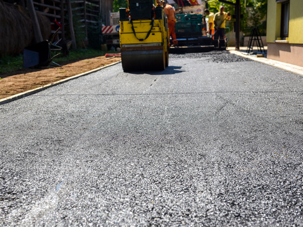 Hire an asphalt contractor in Coldwater, MI